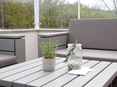 gastronomie m bel aus heimischem holz made in germany. Black Bedroom Furniture Sets. Home Design Ideas