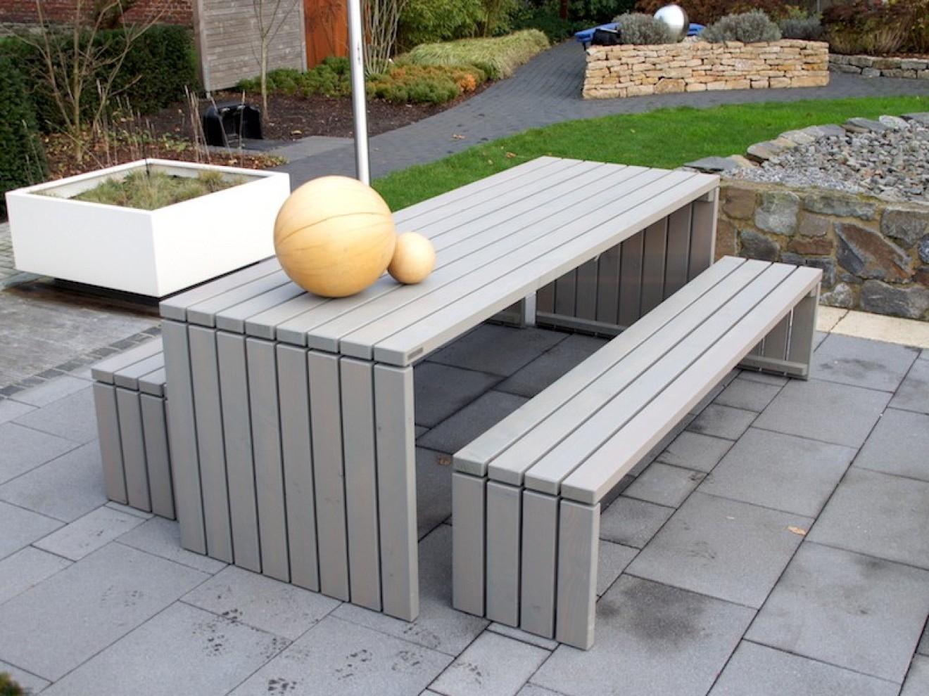 Gartenmöbel set holz grau  Gartenmöbel Set 1 - Zeitlose Gartenmöbel aus heimischem Holz