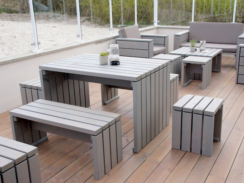 gartentisch zeitlose gartenm bel aus heimischem holz. Black Bedroom Furniture Sets. Home Design Ideas