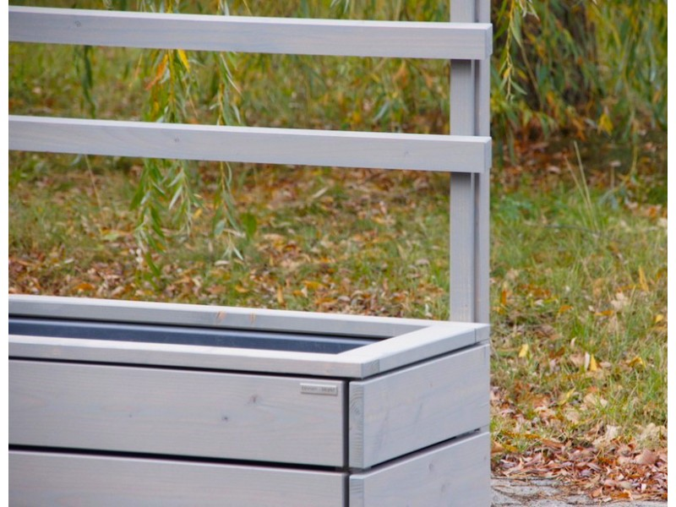 pflanzkasten mit rankgitter heimisches holz made in germany. Black Bedroom Furniture Sets. Home Design Ideas