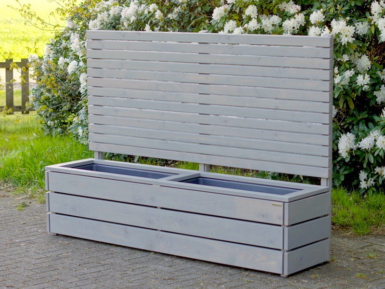 pflanzkasten mit rankgitter heimisches holz made in. Black Bedroom Furniture Sets. Home Design Ideas
