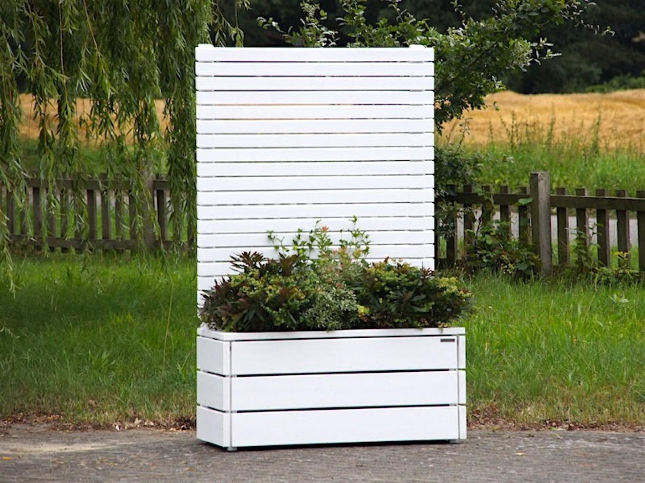 Sichtschutz Mit Pflanzkasten : pflanzkasten mit sichtschutz heimisches holz made in ~ Michelbontemps.com Haus und Dekorationen