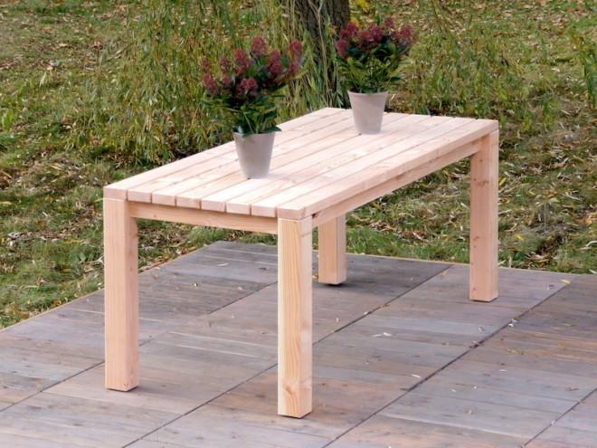 Gartentisch Zeitlose Gartenmobel Aus Heimischem Holz