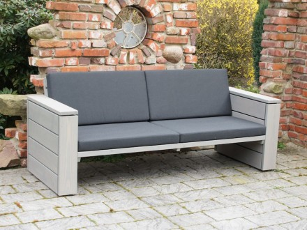 Holz Couch