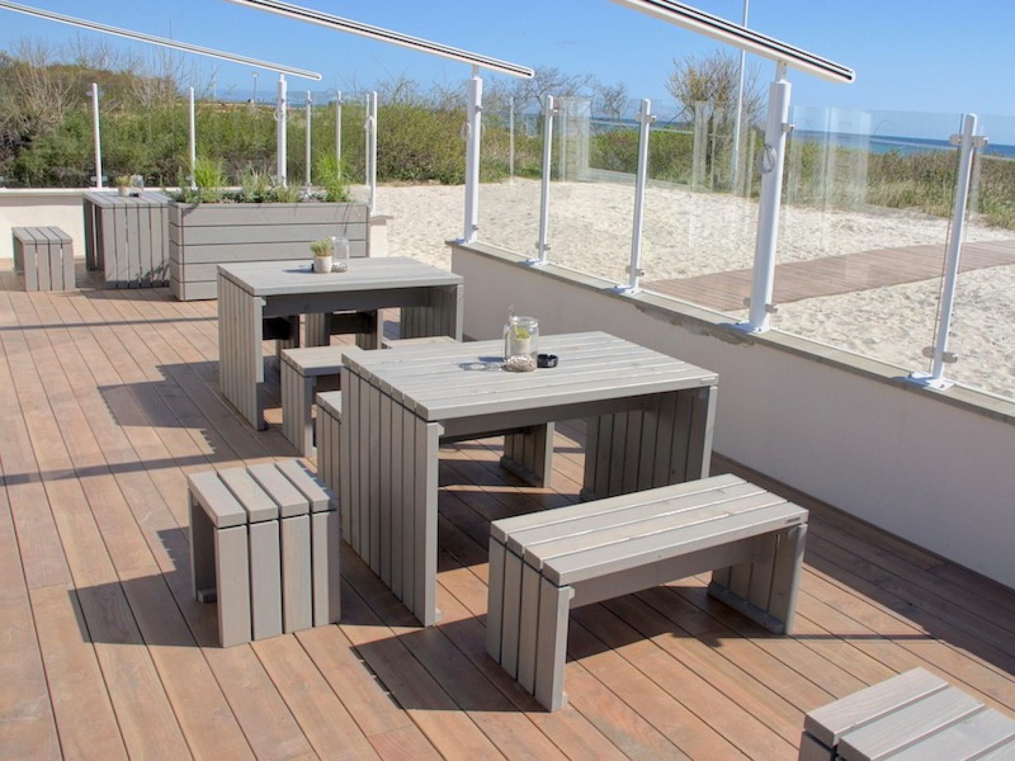 Gartenmöbel aus holz modern  Gartenmöbel Set 1 - Zeitlose Gartenmöbel aus heimischem Holz